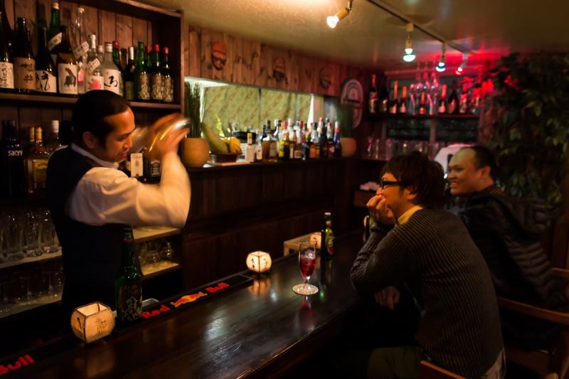 バーとしてお酒だけでもお気軽にどうぞ